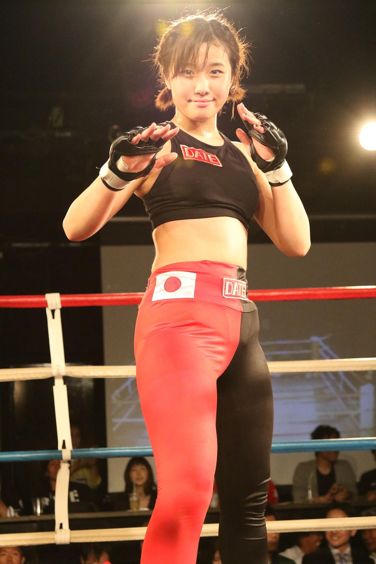 Mulheres que lutam MMA