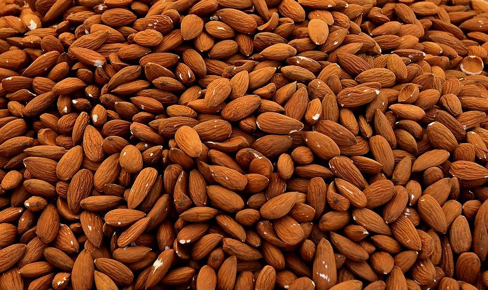 almonds 1571810 960 720