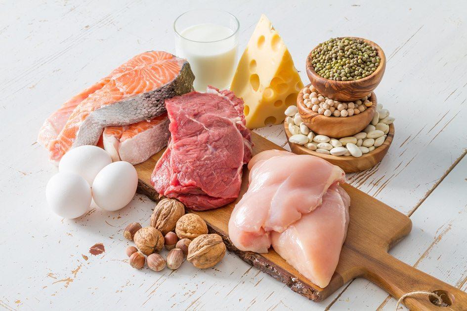 carnes ovos alimentos proteicos