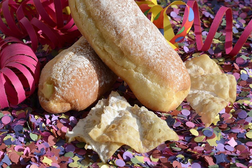 carnival cakes 3124424 960 720
