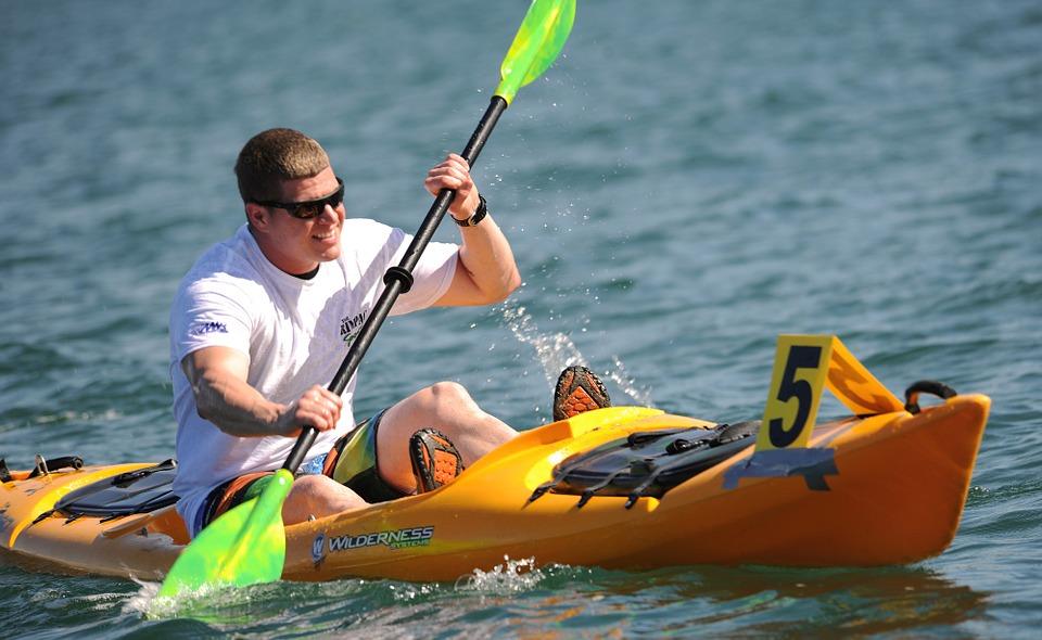 kayaking 569282 960 720